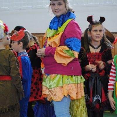 Karneval a pohovávanie basy v ZŠ  Obrázok 48