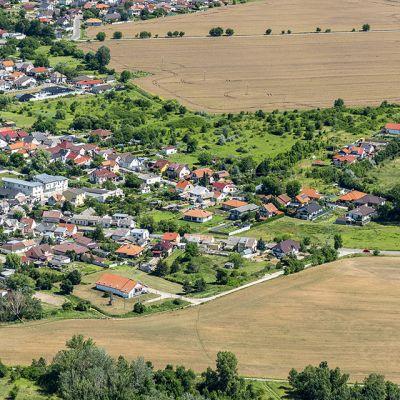 Letecké zábery obce Vysoká pri Morave  Obrázok 1