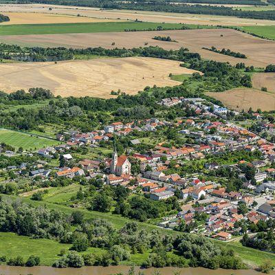 Letecké zábery obce Vysoká pri Morave  Obrázok 15