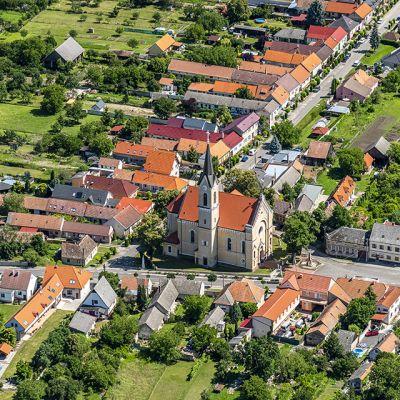 Letecké zábery obce Vysoká pri Morave  Obrázok 13