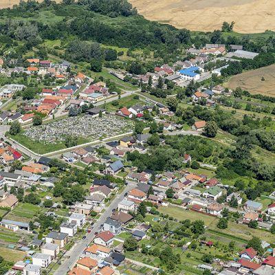 Letecké zábery obce Vysoká pri Morave  Obrázok 3