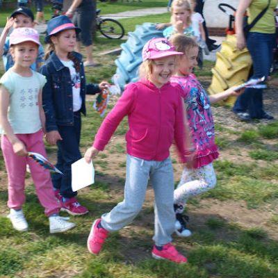 Opekačka detí v MŠ a program pre mamičku ku Dňu matiek  Obrázok 18