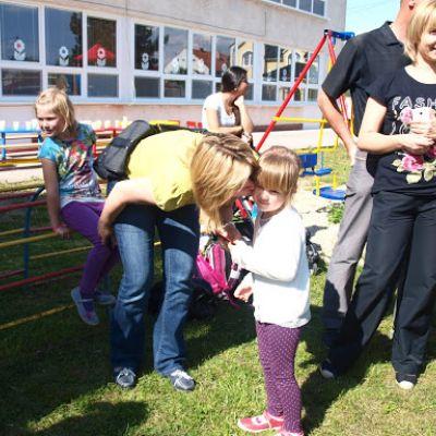 Opekačka detí v MŠ a program pre mamičku ku Dňu matiek  Obrázok 5
