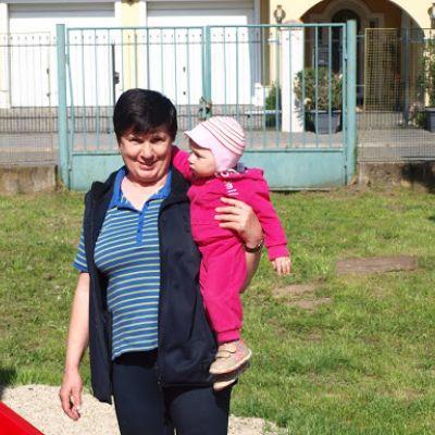 Opekačka detí v MŠ a program pre mamičku ku Dňu matiek  Obrázok 23