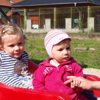 Opekačka detí v MŠ a program pre mamičku ku Dňu matiek  Obrázok 6